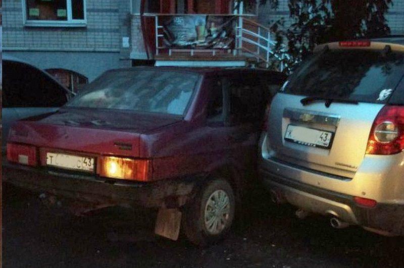23-летний лихач врезался в семь автомобилей в центре Кирова