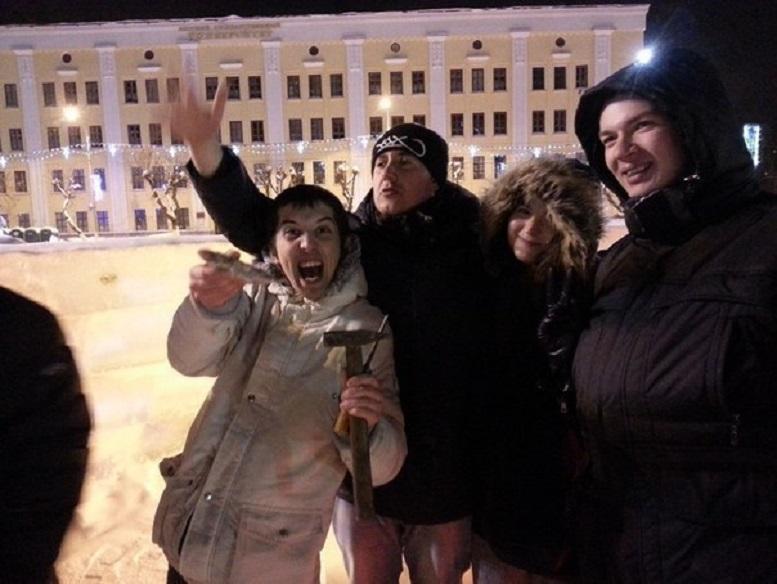 В соцсетях распространили утку об утке на Театральной площади