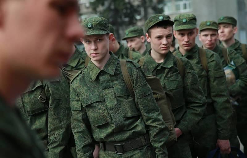 armiya Срочную службу в армии хотят включить в трудовой стаж