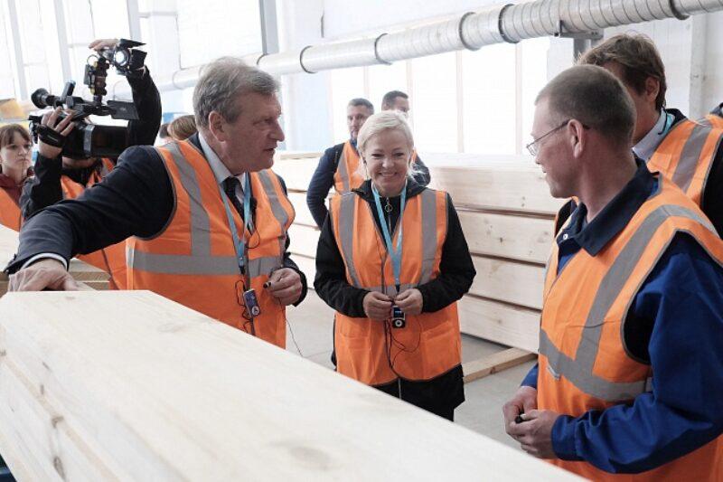 В Лузе открыто новое производство домов из клееного бруса