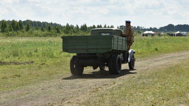 Более 10 тысяч человек увидели реконструкцию боя Великой Отечественной войны (+ФОТО)