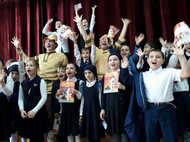 Кировские кукольники на гастролях в Чечне