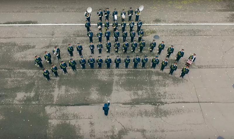 4 noyabrya mchs Кировчане приняли участие в необычном клипе-поздравлении (+ВИДЕО)