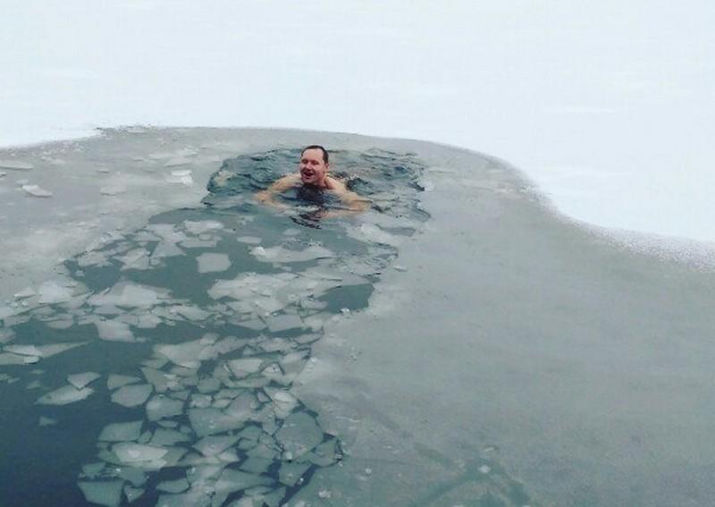 Кировские моржи открыли зимний купальный сезон (+ФОТО)