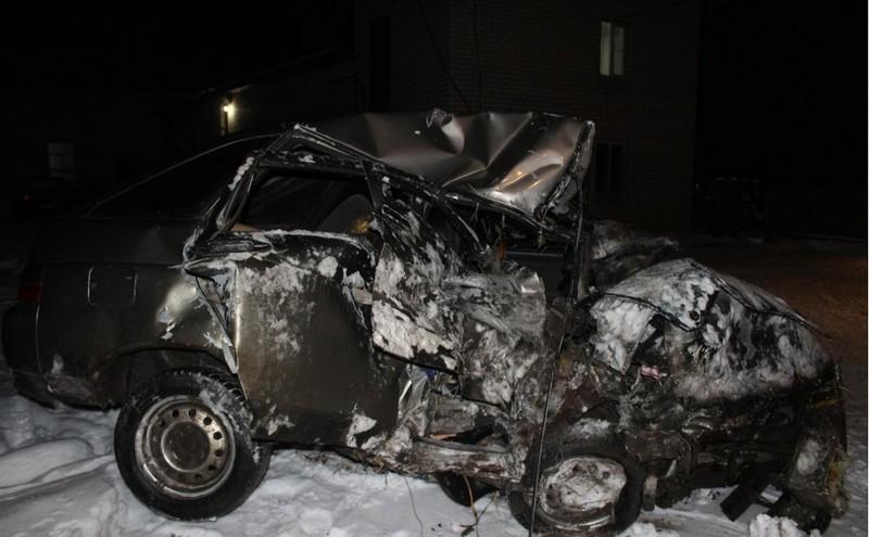 Лобовое столкновение в Тужинском районе: трое погибших