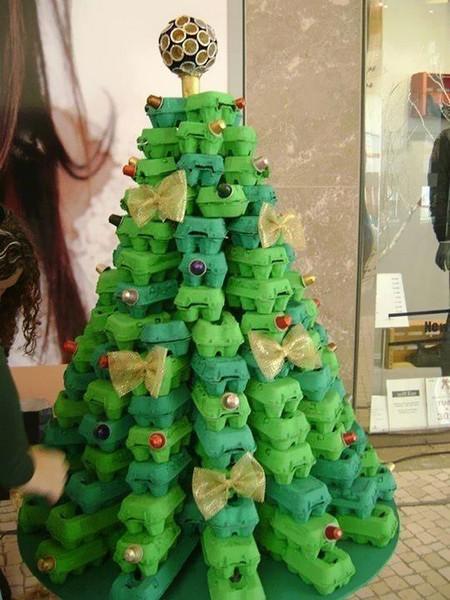 На улицах Кирова появятся необычные елки из вторсырья