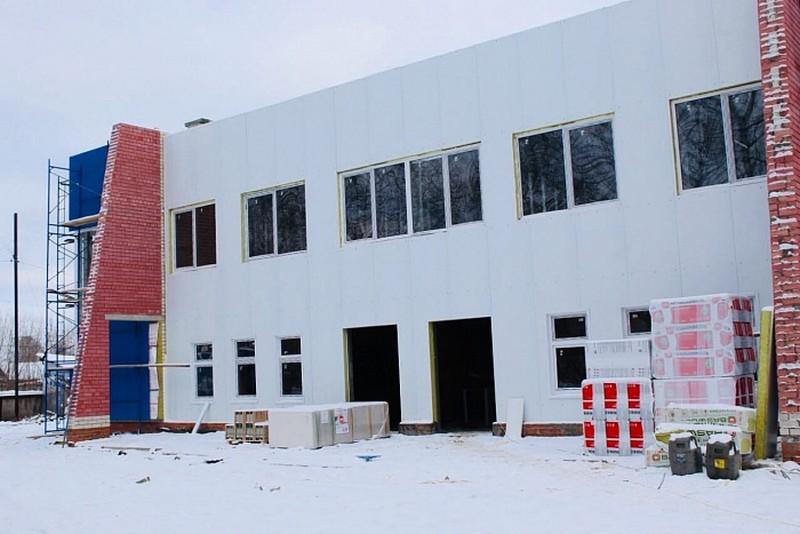 В Сосновке завершён первый этап строительства спорткомплекса