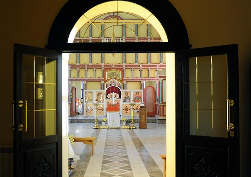 В юрьянском храме устанавливают новый иконостас (+ФОТО)