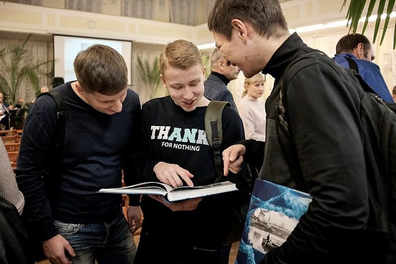 В Кирове создана «золотая история» конькобежного спорта