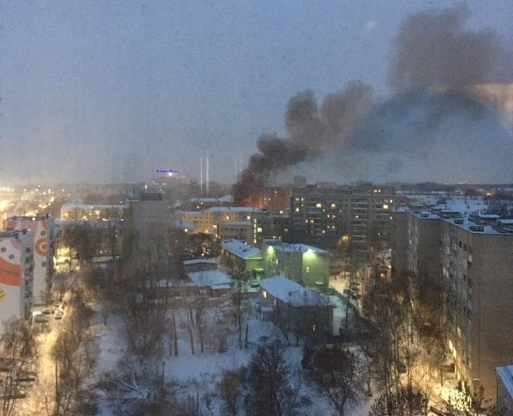 В районе автовокзала замечен огромный столб дыма