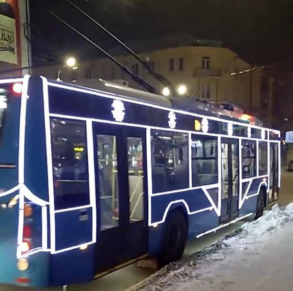 В Кирове замечен необычный троллейбус (+ФОТО)