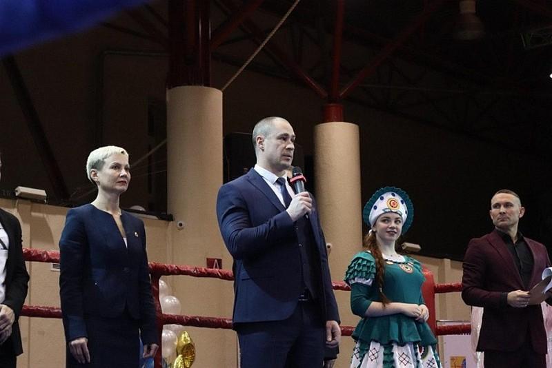 В Кирове впервые проходит чемпионат и первенство ПФО по женскому боксу