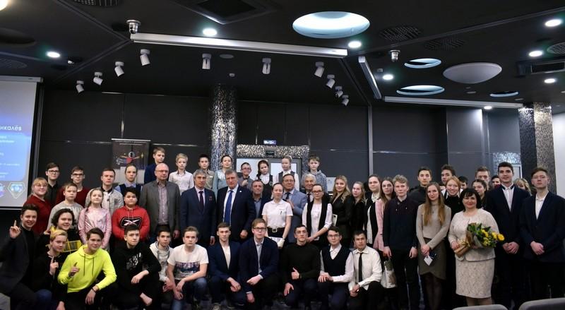 Кировчане пообщались с именитым космонавтом (+ФОТО)