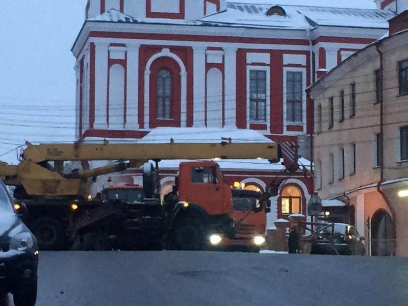 Прорыв теплотрассы в Кирове: кипятком обварились посетители ночного клуба