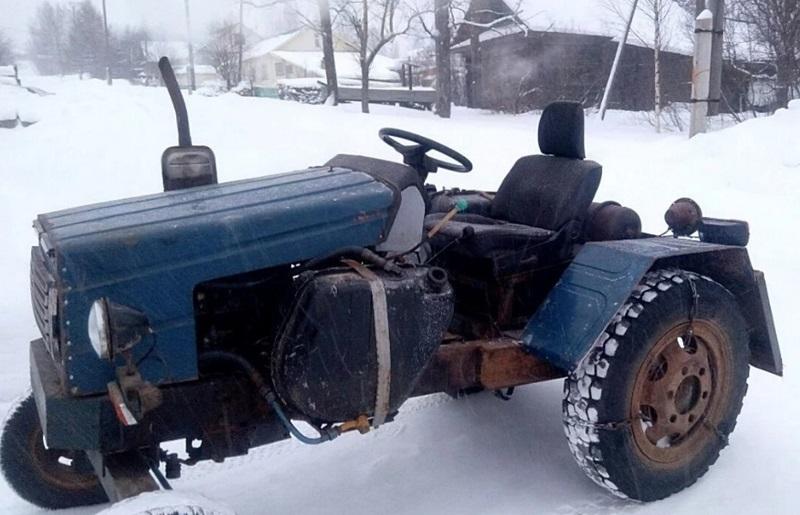 Жителю Кировской области потребовалось 4 года на то, чтобы смастерить мини-трактор