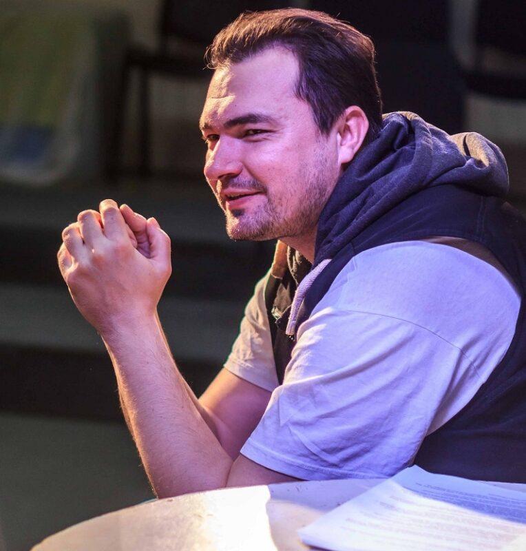 «Театр на Спасской» приглашает кировчан на онлайн-премьеру