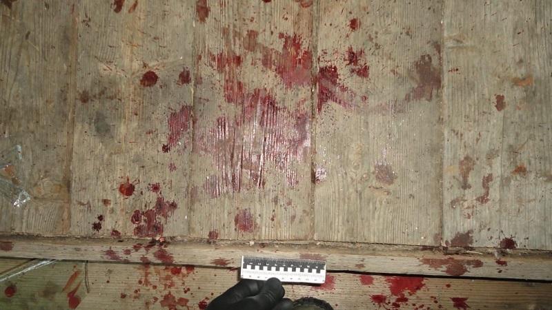 В Белой Холунице зарезан 51-летний мужчина