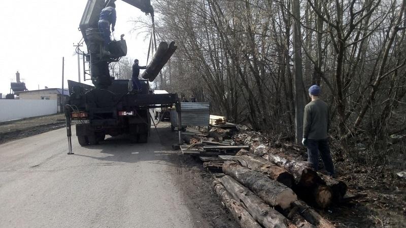 В Вересниках ремонтируют наплавные тротуары