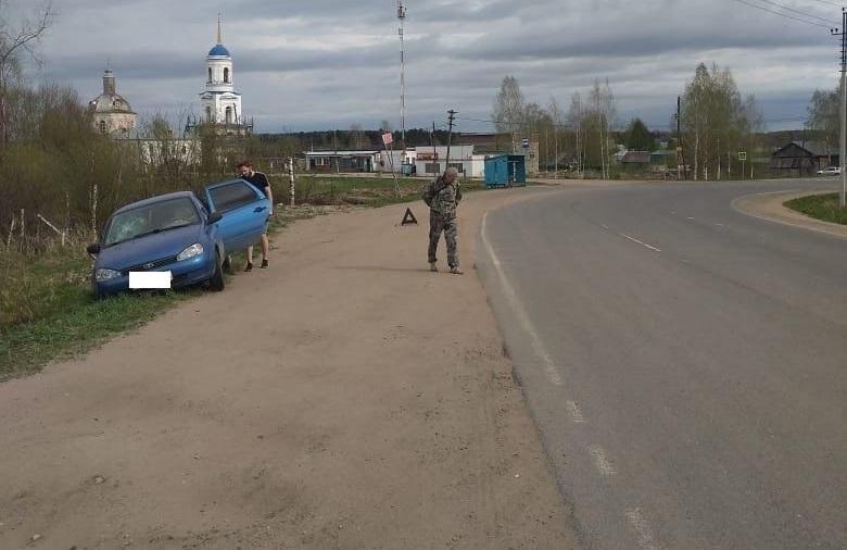 dtp orichevskiy rayon В Кировской области на обочине автодороги сбили женщину с 2-летней девочкой