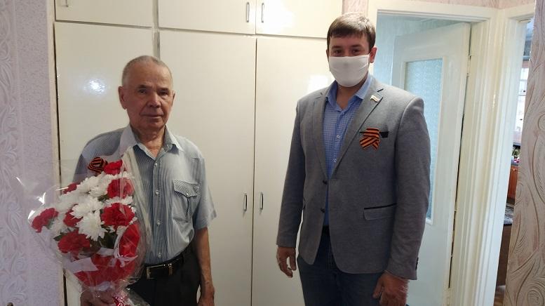 «УРАЛХИМ» поздравил ветеранов с юбилеем Великой Победы
