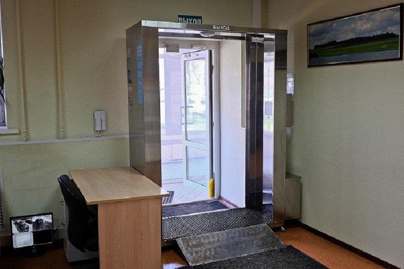 В общественных местах Кирова появятся дезинфицирующие кабины