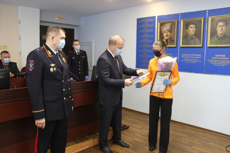 В Кирове наградили волонтёров, принимавших участие в поисках 4-летнего ребёнка