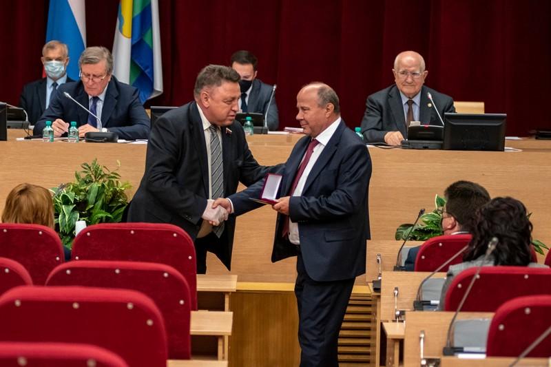 viktor medvedkov Виктор Медведков отмечен почетным знаком Совета Федерации РФ