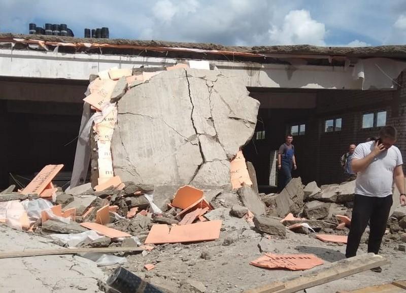 В Зуевке на месте обрушения завершены аварийно-спасательные работы (+ВИДЕО)