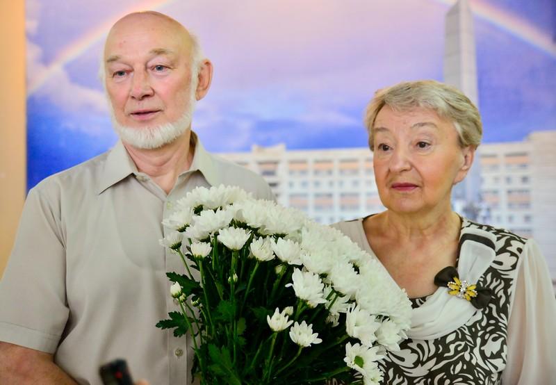 Две семьи «УРАЛХИМа» награждены медалями «За любовь и верность»