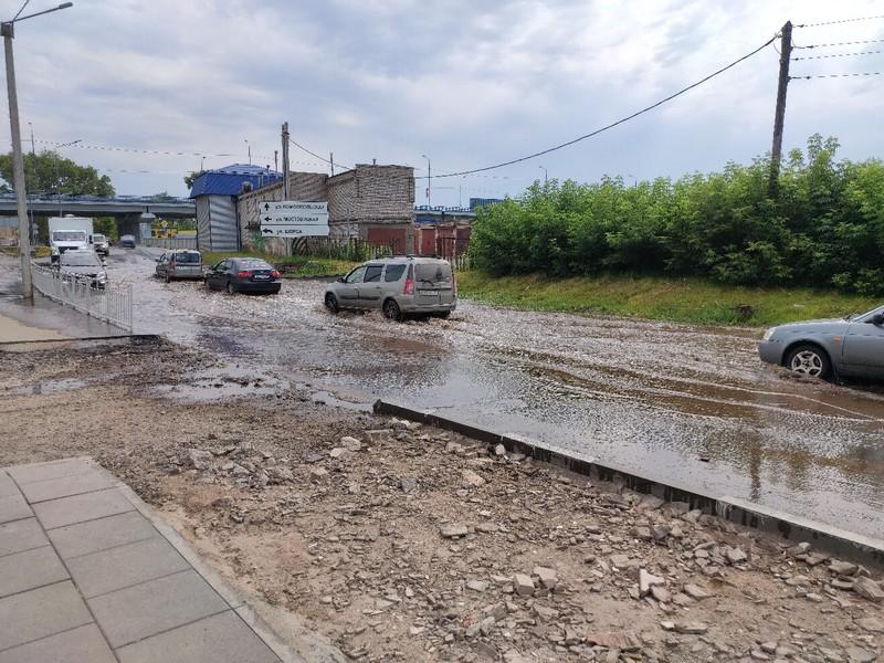 Выезд из Кирова затопило (+ФОТО)