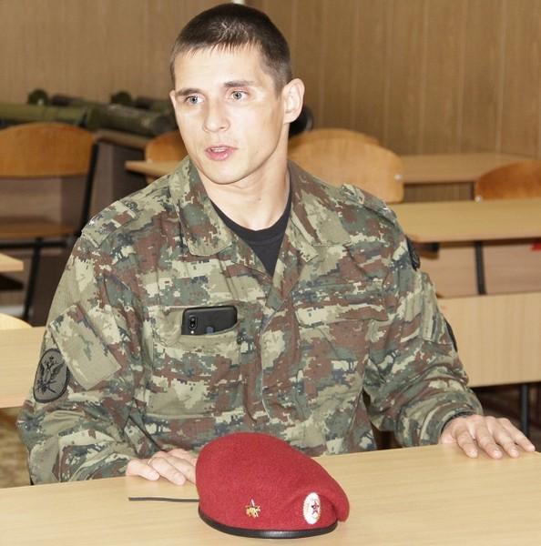 Сотрудник кировского УФСИН спас мужчину от смерти