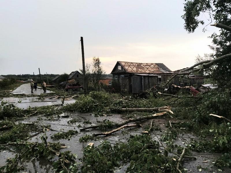 В Кировской области прошёл разрушительный смерч (+ФОТО)