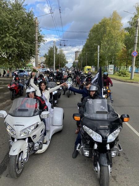 В Кирове отпраздновали самую необычную свадьбу (+ФОТО)