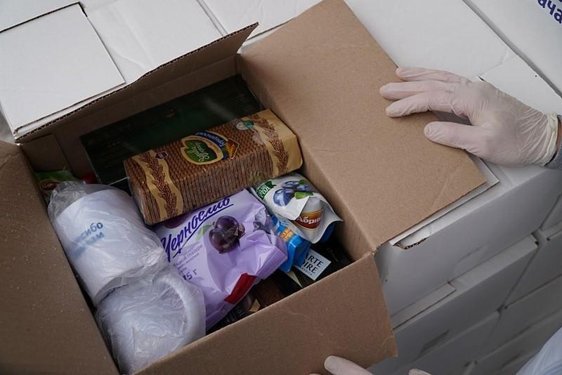 В Кирове сотрудникам Станции скорой медицинской помощи было передано 500 чайных наборов