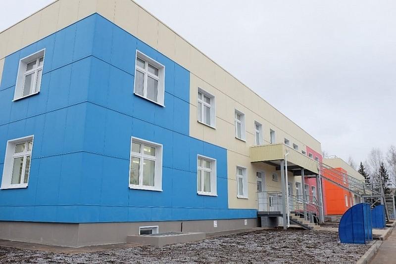 В Котельниче открыт новый двухэтажный детсад с бассейном
