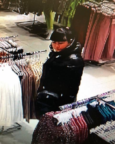 В Кирове 2 женщины подозреваются в краже одежды (+ВИДЕО)