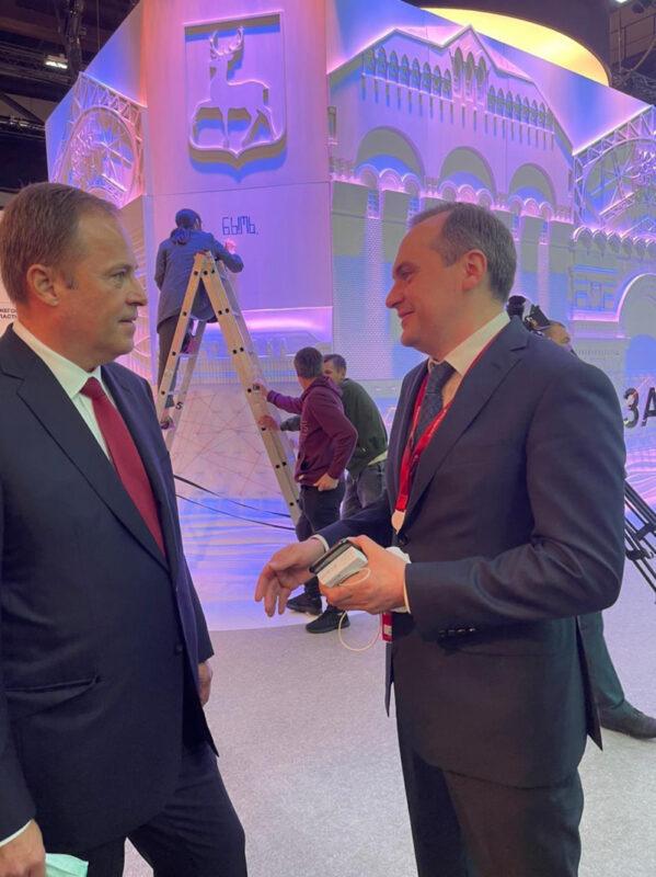 Игорь Комаров принял участие в работе экономического форума в Санкт-Петербурге