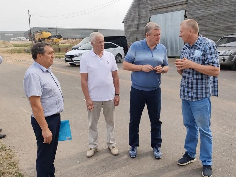 В Среднеивкино строится новая ферма