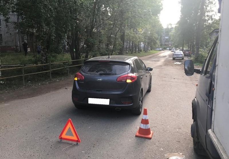 В Кирове сбили 10-летнюю девочку и 8-летнего мальчика