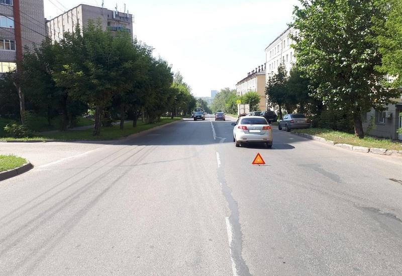 dtp Lepse 7 11 08 2021 На улице Лепсе под колёса авто попала молодая девушка