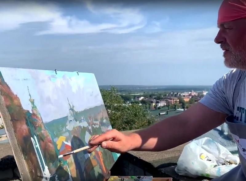hudozhniki На крыше кировского дома замечены люди с мольбертами