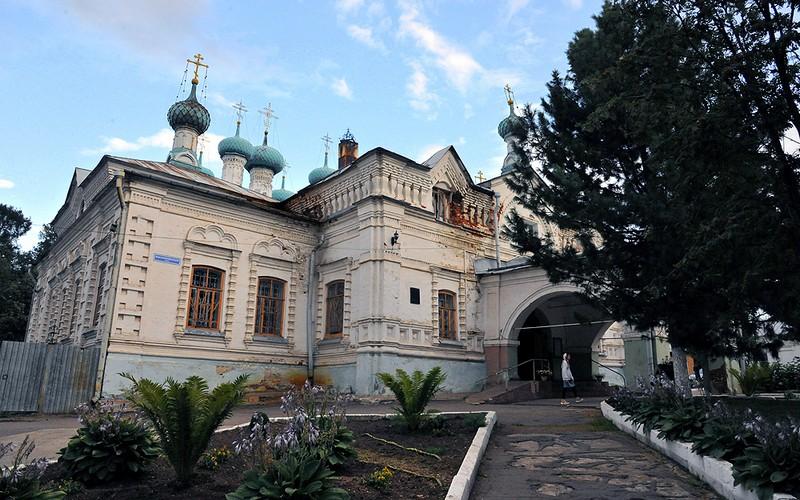 Ekaterininskiy sobor Slobodskoy Мощи святого Пантелеимона отправлены в Слободской