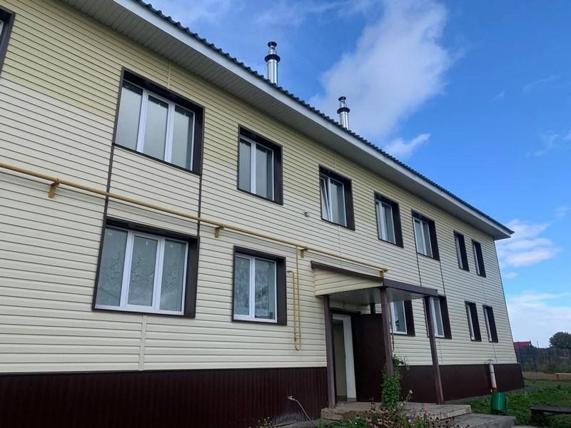 Для переселенцев в селе Буйском построены два дома