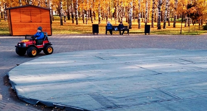 fontan zakryt na zimu Консервируют не только огурцы, но и фонтаны